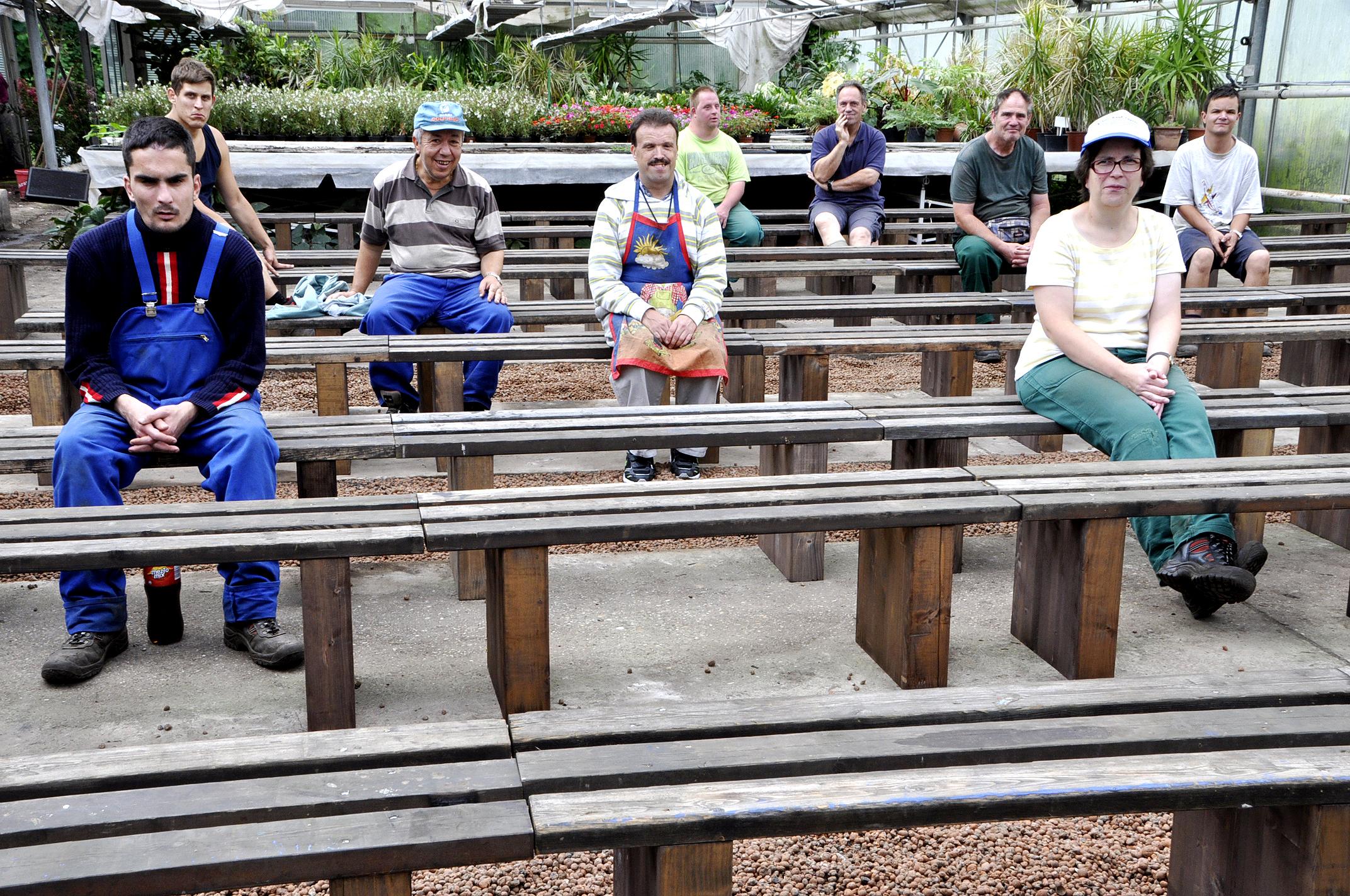 Gartenmobel Bei Tchibo :  Darmstadt Schrank aus kunststoff Gartenmoebel gartendeko