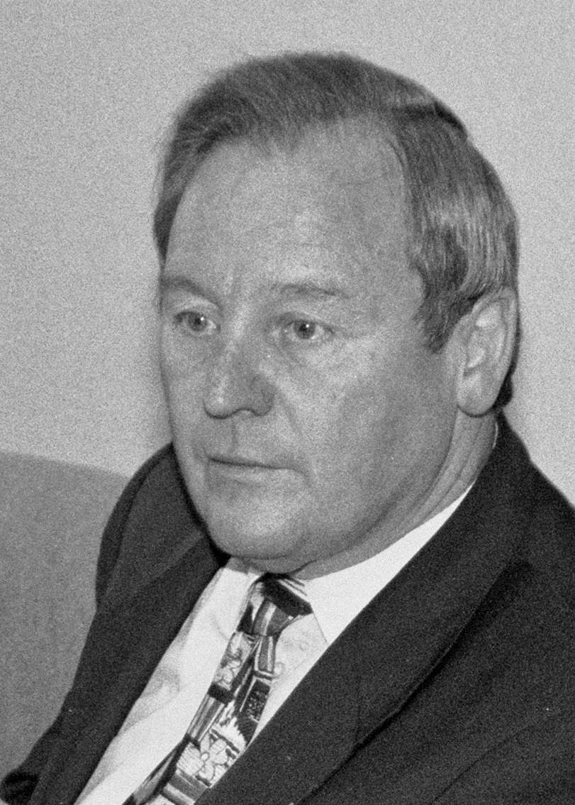 <b>...</b> Dr. <b>Ulrich Oelschläger</b>, hat den am Donnerstag verstorbenen früheren <b>...</b> - Zuber